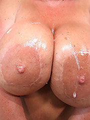 Indianna Jaymes with huge tits get pounded!