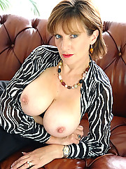 Huge tits nylons mature spreading