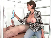 Mature english trophy wife handjob