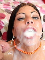 Pornstar Eva swallows huge load of jizz after getting fucked