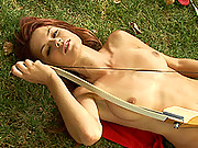 Sexy babe Kami stripping outdoors & shows her tits & pussy