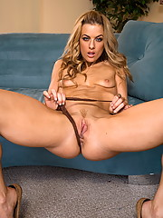 Mia Presley uses her magical dildo on herself