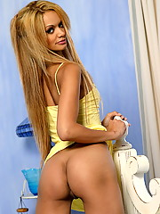 Tyra Banxxx nipples are rock hard