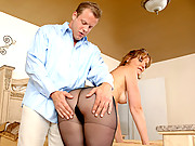 Slender milf gives an amazing blowjob at Anilos