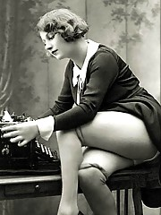 Real old and vintage naked art babes pictures