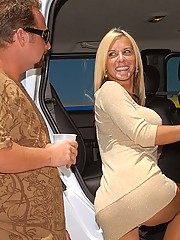 Big tits milf renee locks her keys in the car and goes home with the hunter for a hot hard fucking cumfaced sex update