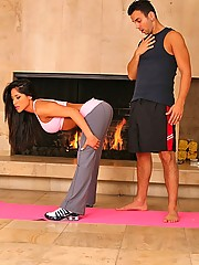 See jeneveve  jolie get fuckt in yoga positions