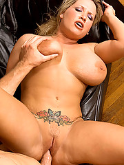 Huge Tits Shaved Pussy