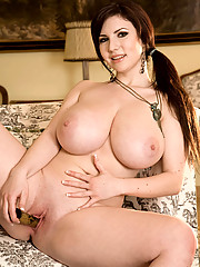 Big Tits Shaved Pussy