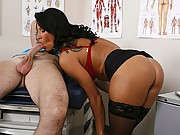 Hot doctor gets nailed by her patient