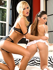 Tiffany Sweet and McKenzie Miles dyke it out hard