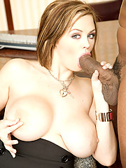 Katie Kox Stretched With Black Dick Infront Of Boyfriend