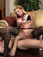 Gorgeous mature cougar shows off her sexy naked tits and pussy