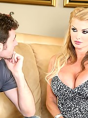 AVN Hall of fame pornstar Taylor Wane for Cougars In Heat