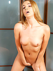Teen hottie that you will fantasized to fuck and to be your girlfriend in your school campus