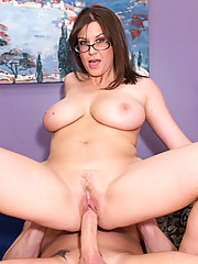 Unemployed MILF Fucks For A Few Bucks
