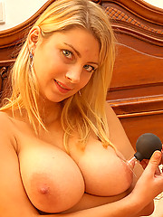 Blond sucks her big knockers with a suction cup