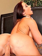 Jayden Jaymes drinks and loves to fuck cock