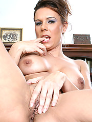 Anilos executive takes a quick break from work to show us her moist cougar pussy