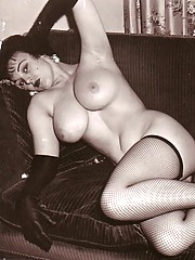 Real vintage buxom girl pictures with hair