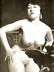 Real professional vintage naked models posing