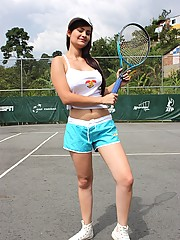 Two lesbian latina chicks playing sexy tennis