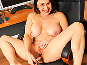 Anilos Jillian Foxxx cleans house naked and then plays with a vibe