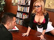 Slutty chick gets sexified at work