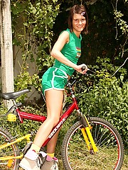 Cutie on a bike stops for some masturbation