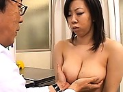 Japanese AV Model beautiful breasts fondled by the boob doctor
