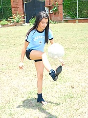 Sarah plays with her glass dildo after a day at the soccer field