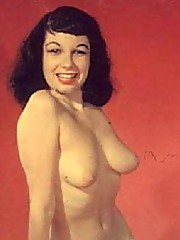 Very real vintage pinup girls are posing nude