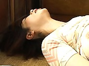 Chisato Shouda makes herself nice and wet using her fingers