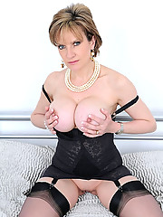 Astounding milf in black lingerie