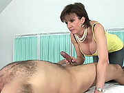Dirty talking CFNM milf handjob