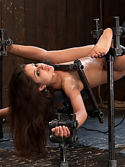 Jynx Maze spread as far as she can go in metal bondage and machine fucked until she forgets her own name!!