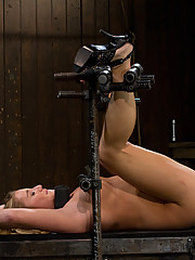 Aurora Snow metal-bound and machine-fucked in the ass.
