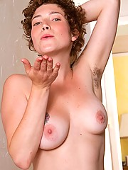 Huge Tits Hairy Pussy