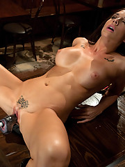Hot Starlet Chanel Preston is a sexy 5ft 8in babe with a dick swallowing pussy. She fucks the machines deep, hard and fast in her debut machine shag.