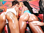 2 smoking hot ebony babes get nailed hard against the graffiti wall in these hot pussy anal fucking vids