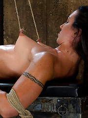 Former collegian athlete with rock hard body and abs must use her incredible muscles or suffer extreme nipple torture.  Brutal predicament bondage!