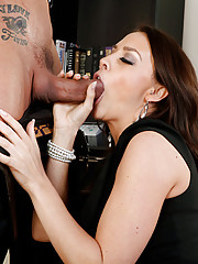 Chanel Preston needs to have a performance review of one of her employees. He