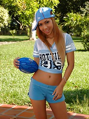Tania Spice shows you how naughty she gets after taking her blue outfit off