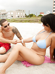 Cris and Scott are walking along the beach when they see a smoking hot chick in a tiny bikini.  Cris tells Scott he could bang her if he wanted to.  Scott mentions the gigantic husband sitting next to her.  Just then the husband leaves and the gorgeous wi
