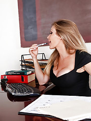 Dyanna is a giving professor and it seems a student in the school needs her help. Shes going to show this sad little student how a real woman fucks.