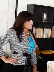Lisa Ann is very impressed with Seth in the office and she is promoting him to her personal assistant. Seths new responsibilities include giving his boss young hard cock anytime and anywhere.