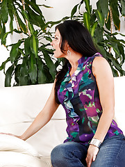 India Summer was just stood up for a lunch date and asked her son