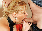 Cock loving granny gives a serious blow job