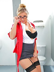 Mrs Devon is correcting exams and takes a break to the bathroom. However, she is out of luck because the girls bathroom is out of order and has no choice but to sneak into the boys bathroom. While she is peeing she overhears some funny noises coming from