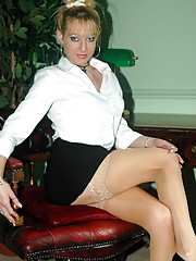 Michelle strips off in the study